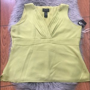 Access blouse top green size 16